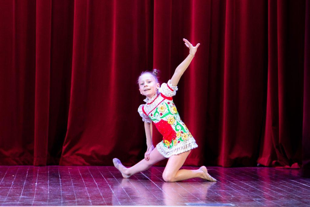 Отчетный концерт Детского танцевального коллектива «Салют» «Мир танца, радости и счастья».